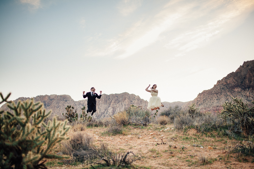 Emily & Matt Red rock canyon engagement 2-1000.jpg