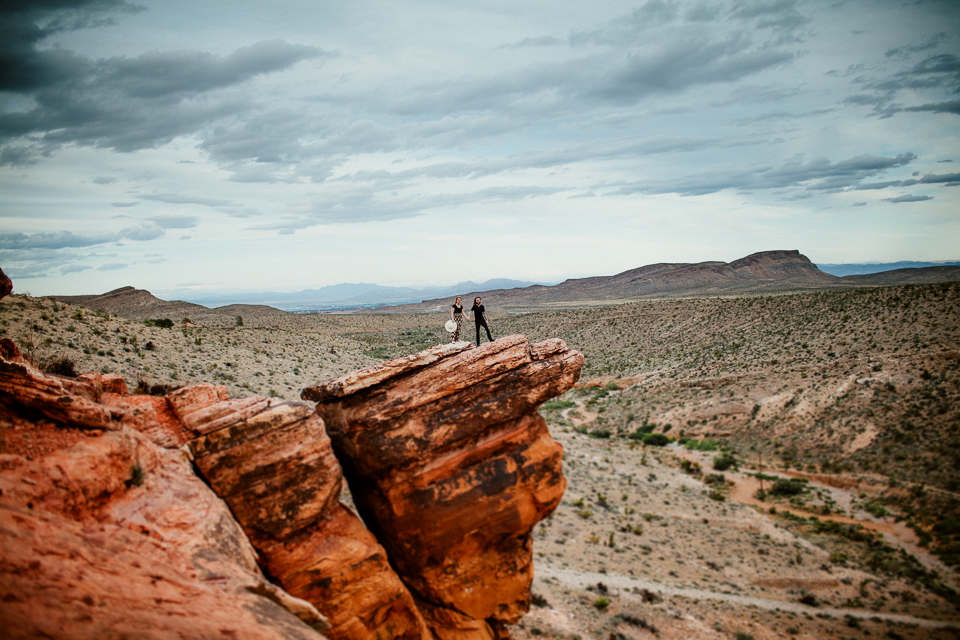Red Rock engagement photographers