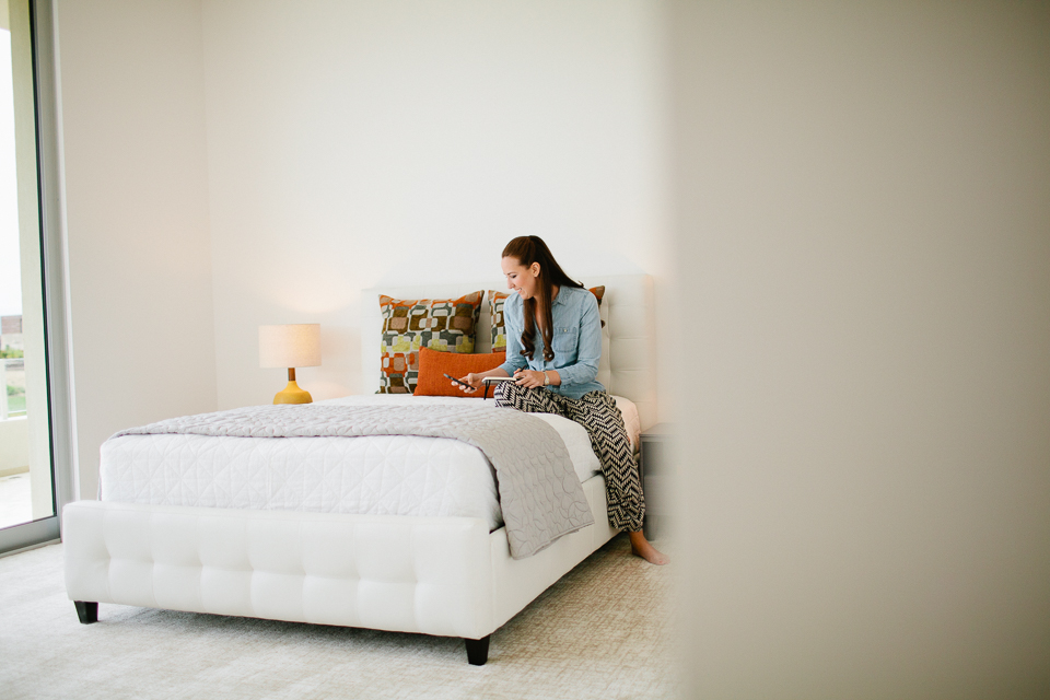 Modern intimate living room wedding-1012.jpg