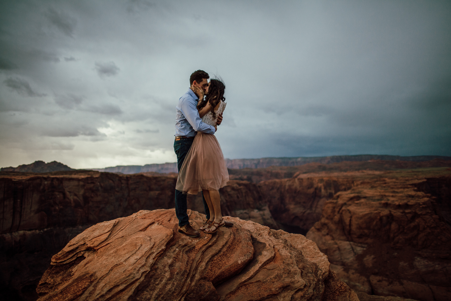 horseshoe Bend engagement photographer