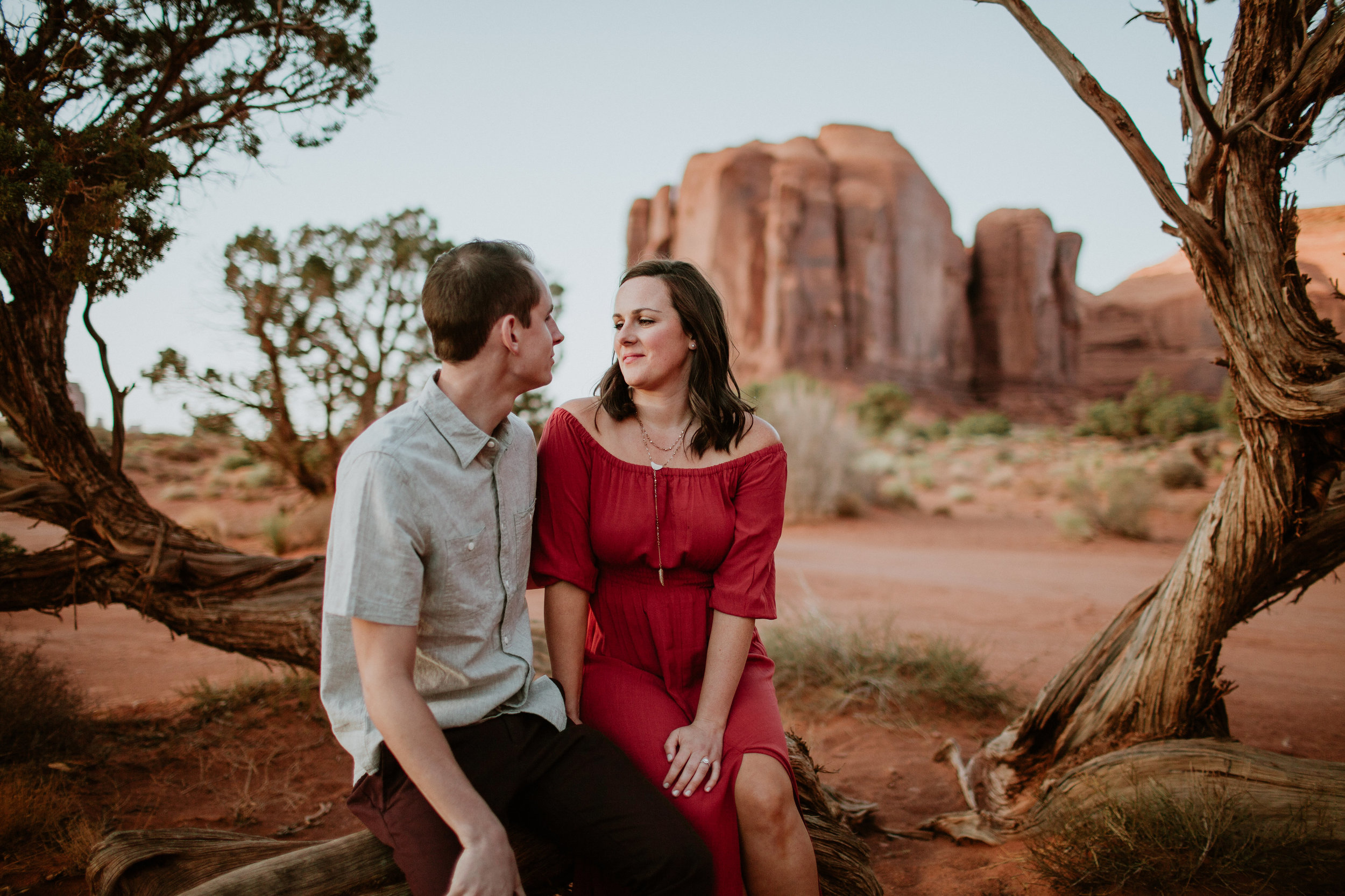 Monument Valley engagement photography-0041.jpg