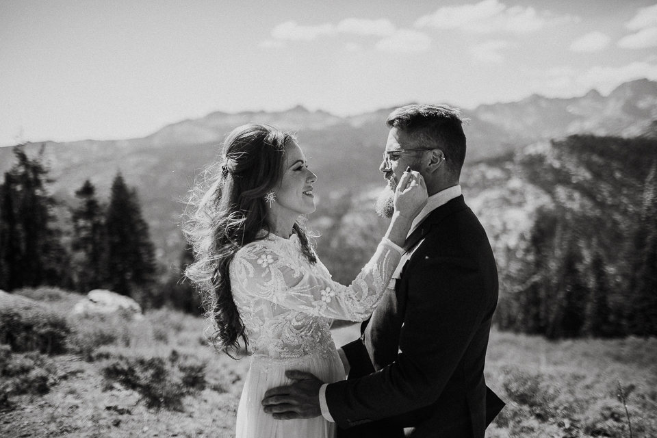 Mammoth lakes wedding photographers-1072.jpg