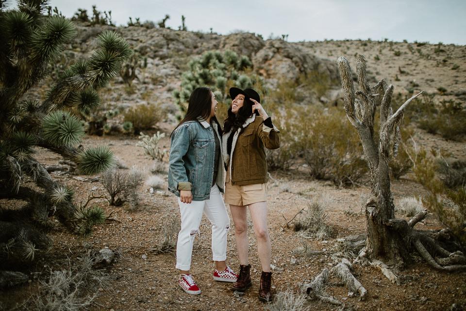 lesbian desert engagement session-1049.jpg