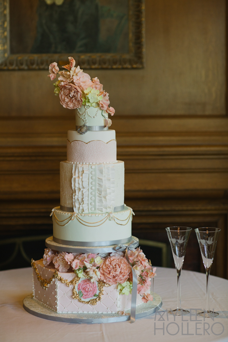 Stunning Cake by:  Merci Beaucoup Cakes