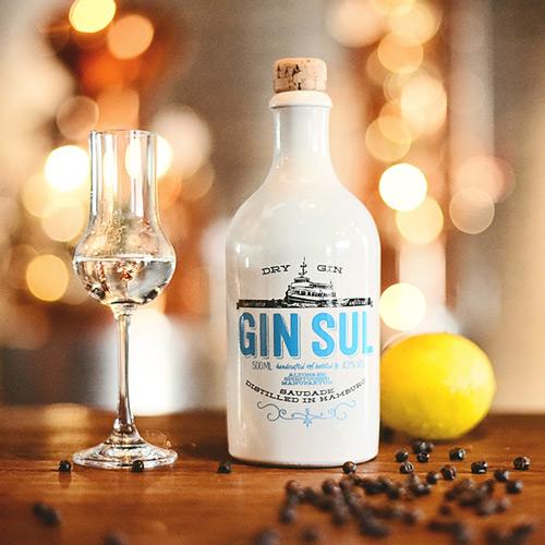 gin-q.jpg