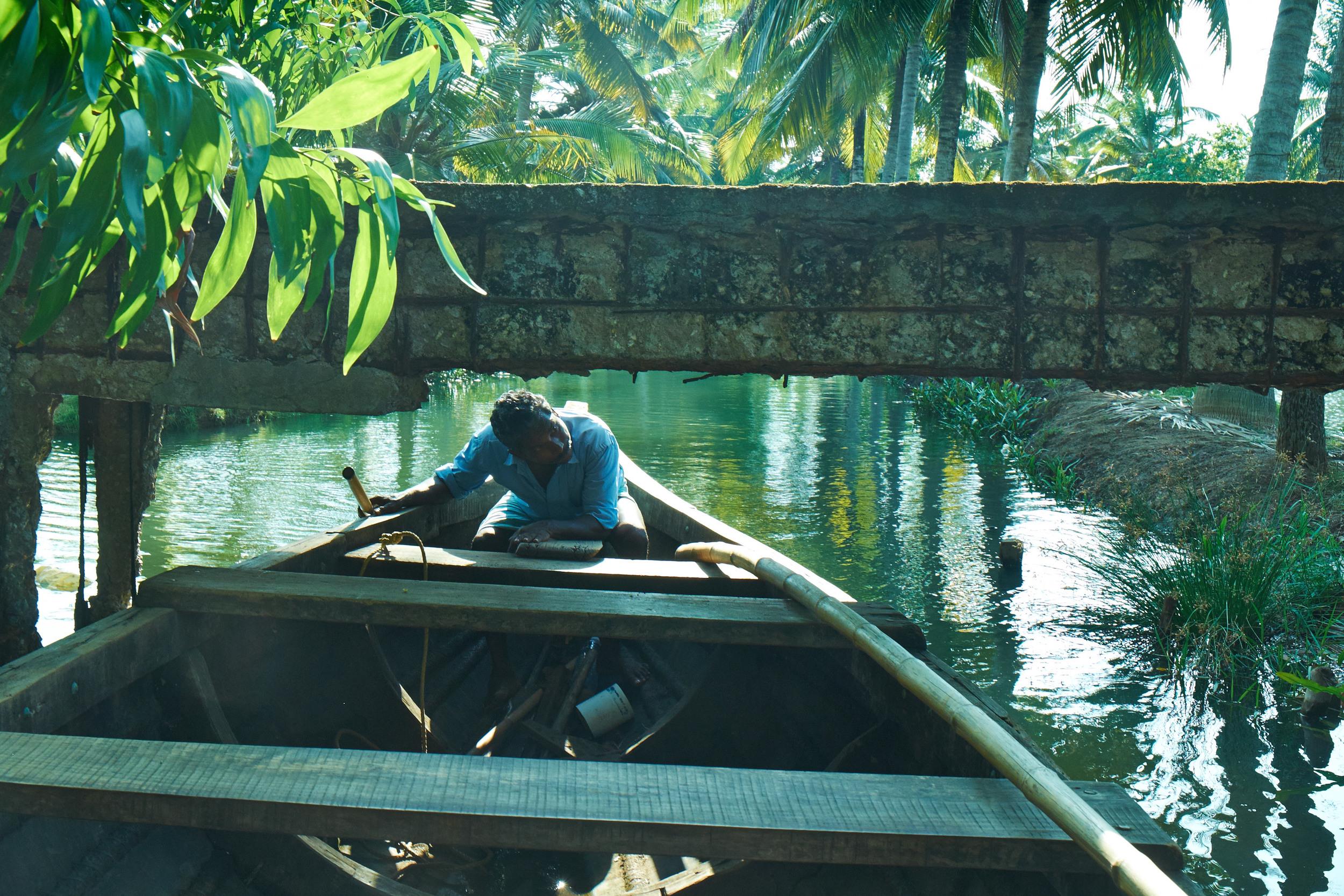 Ducking the Footbridge, Kerala.