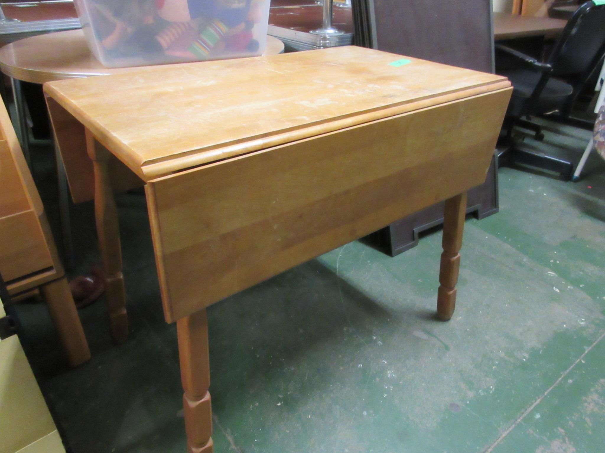 drop leaf table.JPG