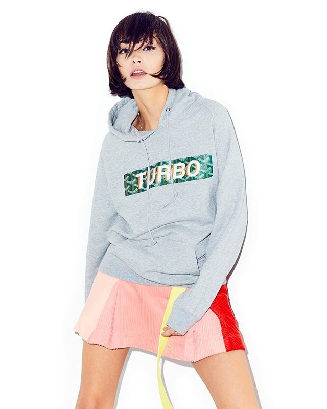 """Cheer up. Monday will be over sooner than you know. @taylorlashae spotted in our Kangaroo pocket """"Paris"""" hoodie in grey. #Turbostore  Our store will be restocked 12/1/17 🏁🏁🏁🏁"""