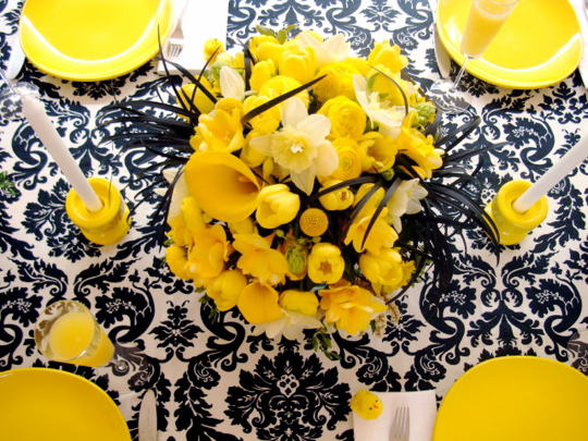 easter-table-from-above1