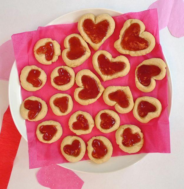 vday-heart-cookies