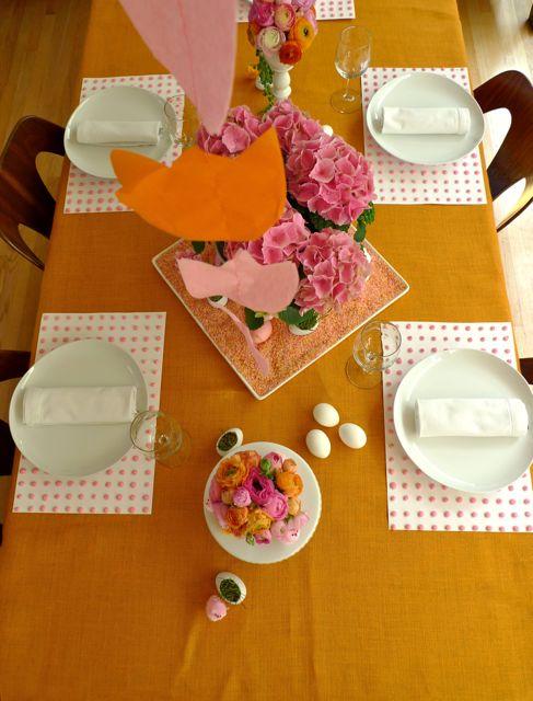 easter-dinner-table2.jpeg