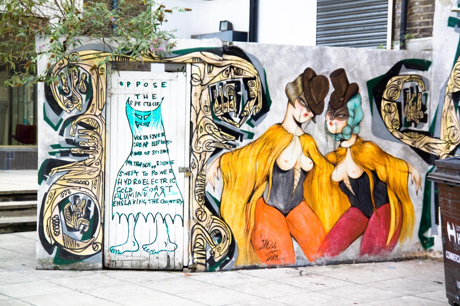 graffiti london.jpg