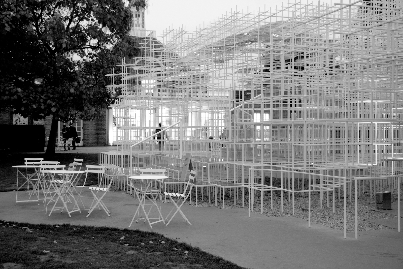 B&W - Serpentine Gallery Pavilion 2013Designed by Sou Fujimoto