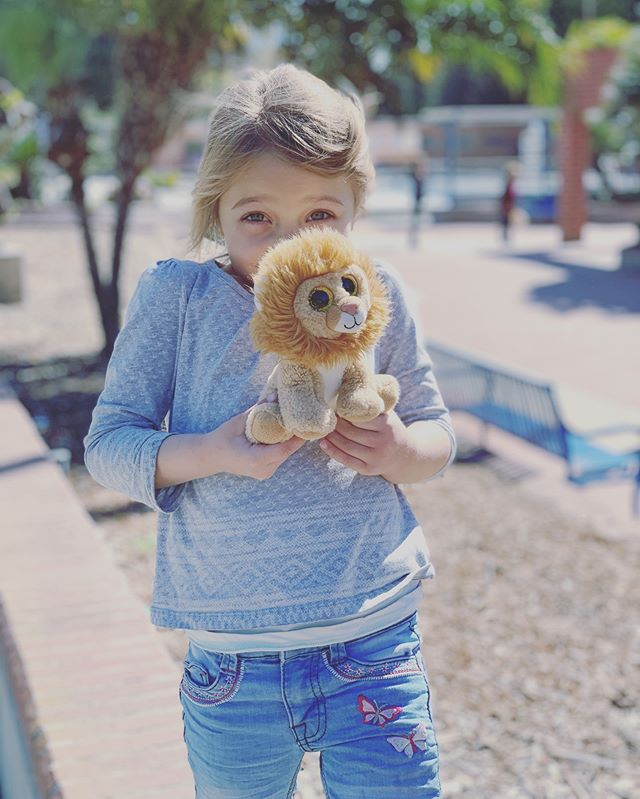 """Have the heart of a lion, The skin of a rhino, And the soul of an angel!"" . Roar my love, as loud as you can !👧🏼🦁💛 . #lionheart #roar #mydaughter #motherhood #momlife #loveofmylife #ty #advice #quotes #lion #xsmax #iphonexsmax #winterinla"