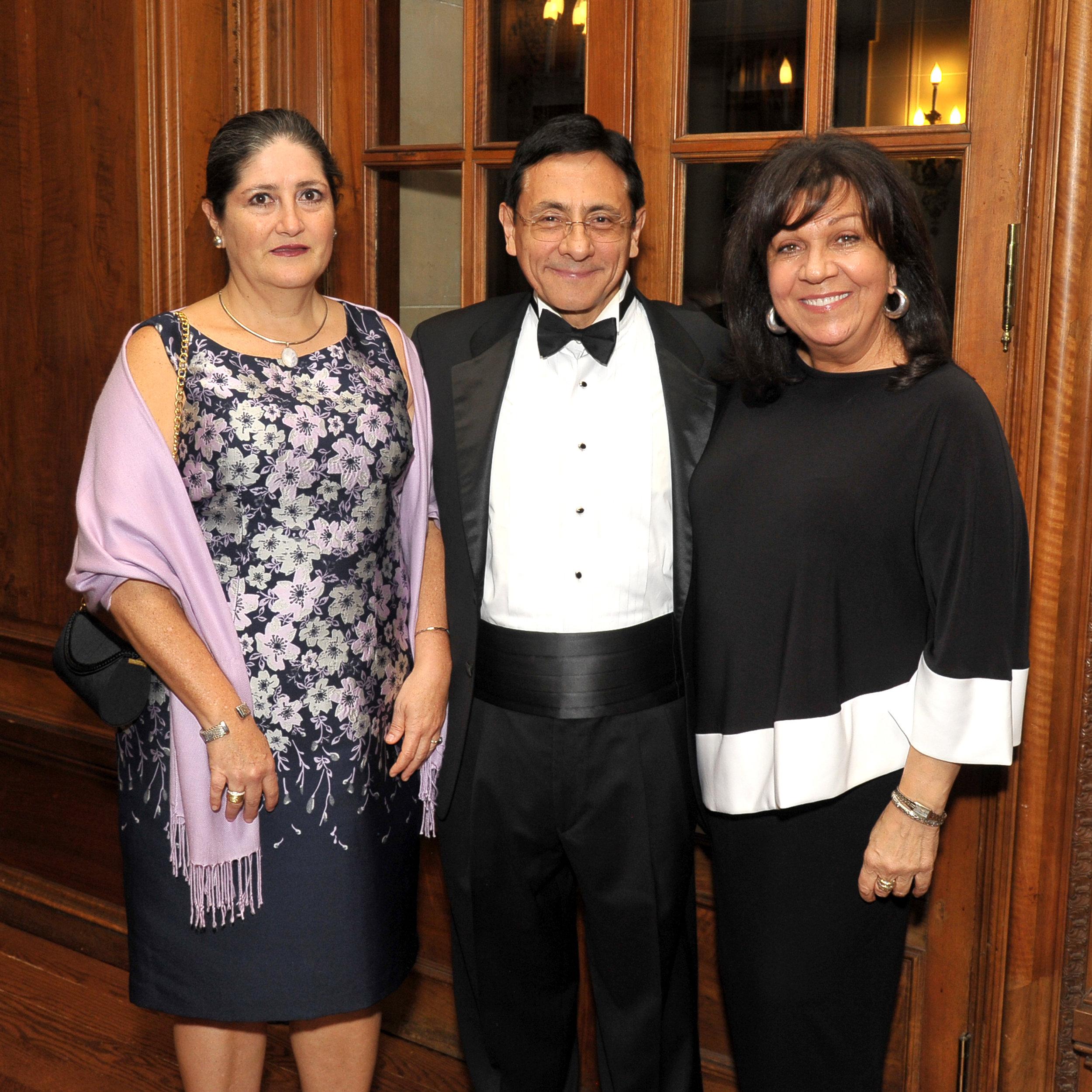 Cecilia and Hector Rasgado-Flores, Joanna Rolek