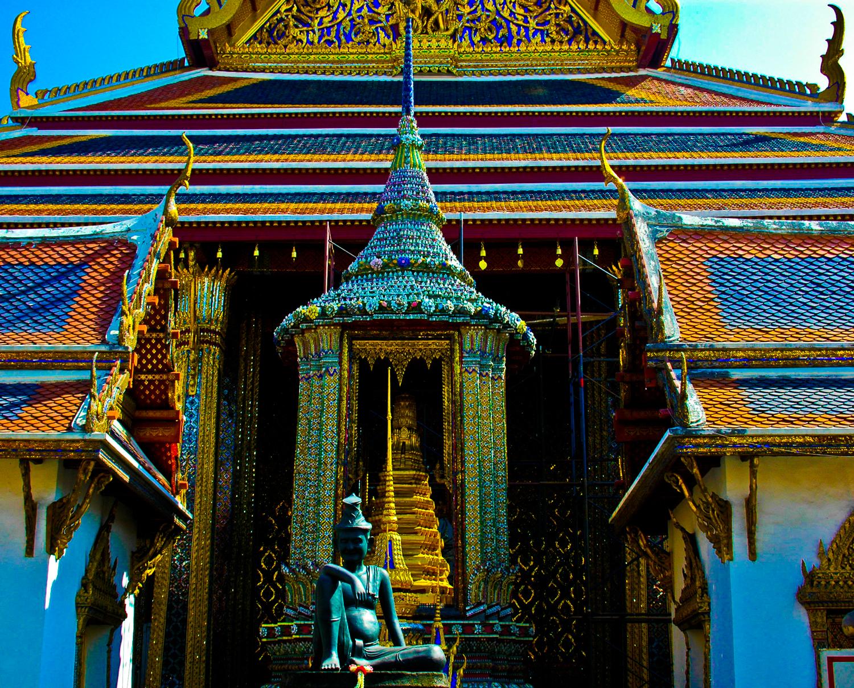 Royal Temple. 2009