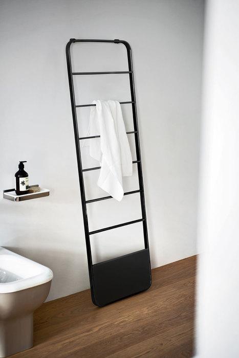 Memory Heated Towel Rack by Benedini Associati