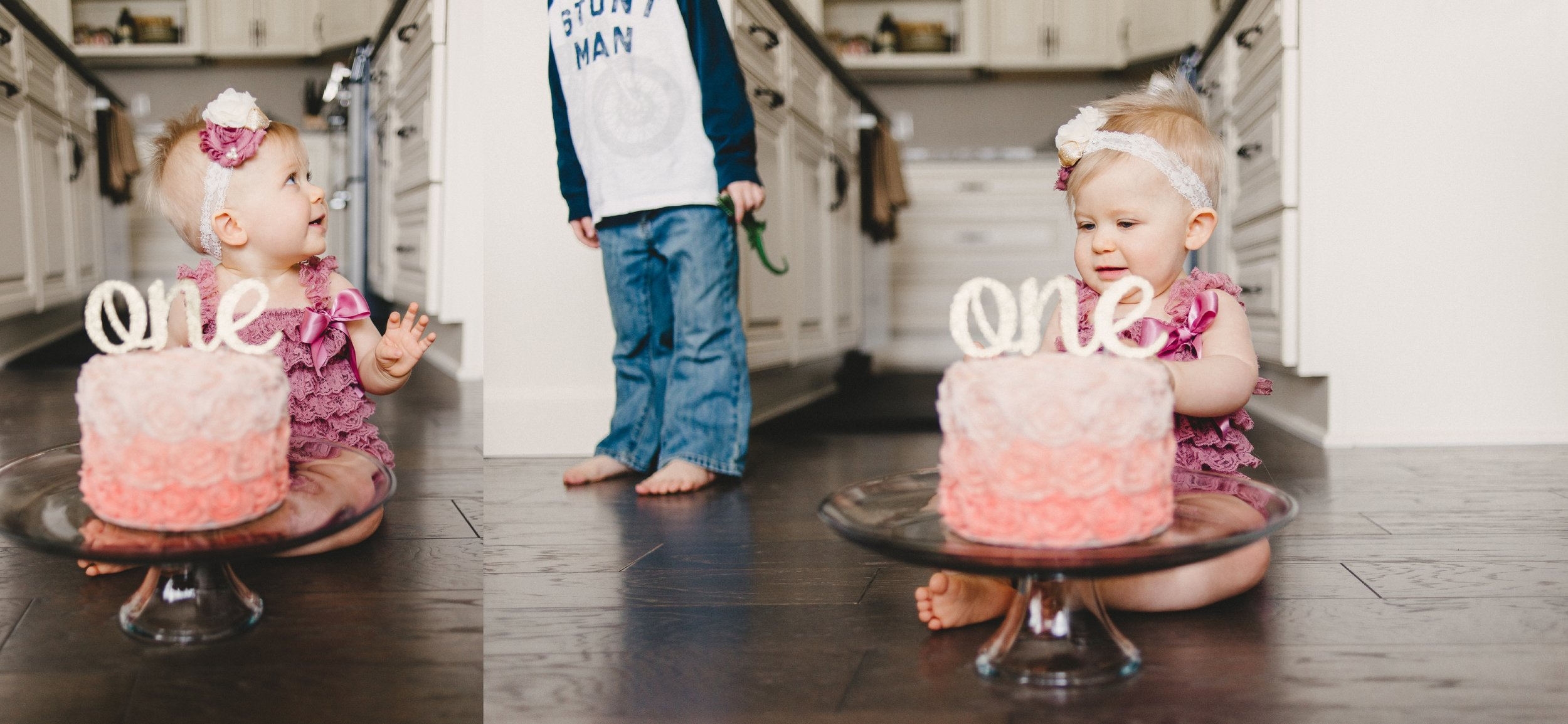 Michigan Family Photographer First Birthday Cakesmash Lifestyle Black and White Indoors (13).jpg