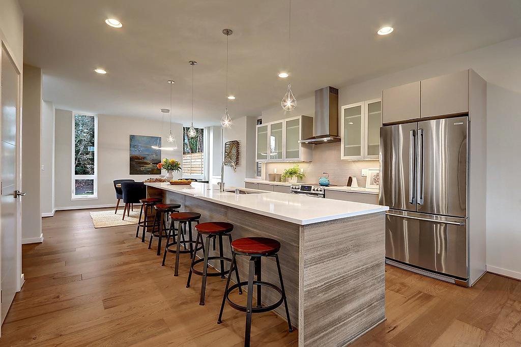 kitchen to dining.jpg