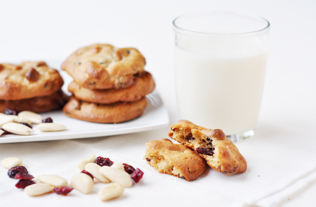 The 'original' almond-cranberry cookies