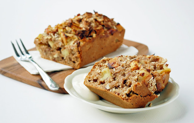 apple+cake+2.jpg