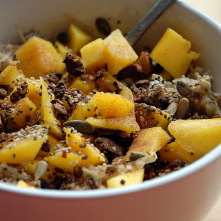 apple and mango oats- using thegrated apple method