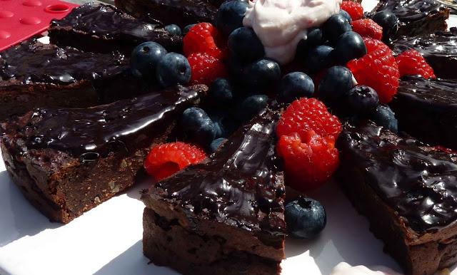 1+brownie+cake.JPG
