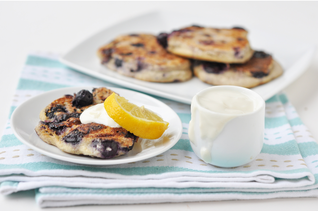 lemon blueberry pancakes 1a.jpg