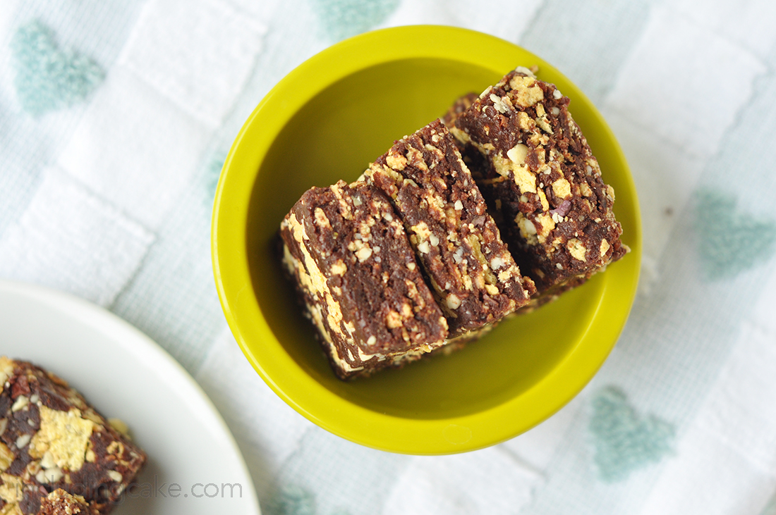 crispy cake raw bars 2a.jpg