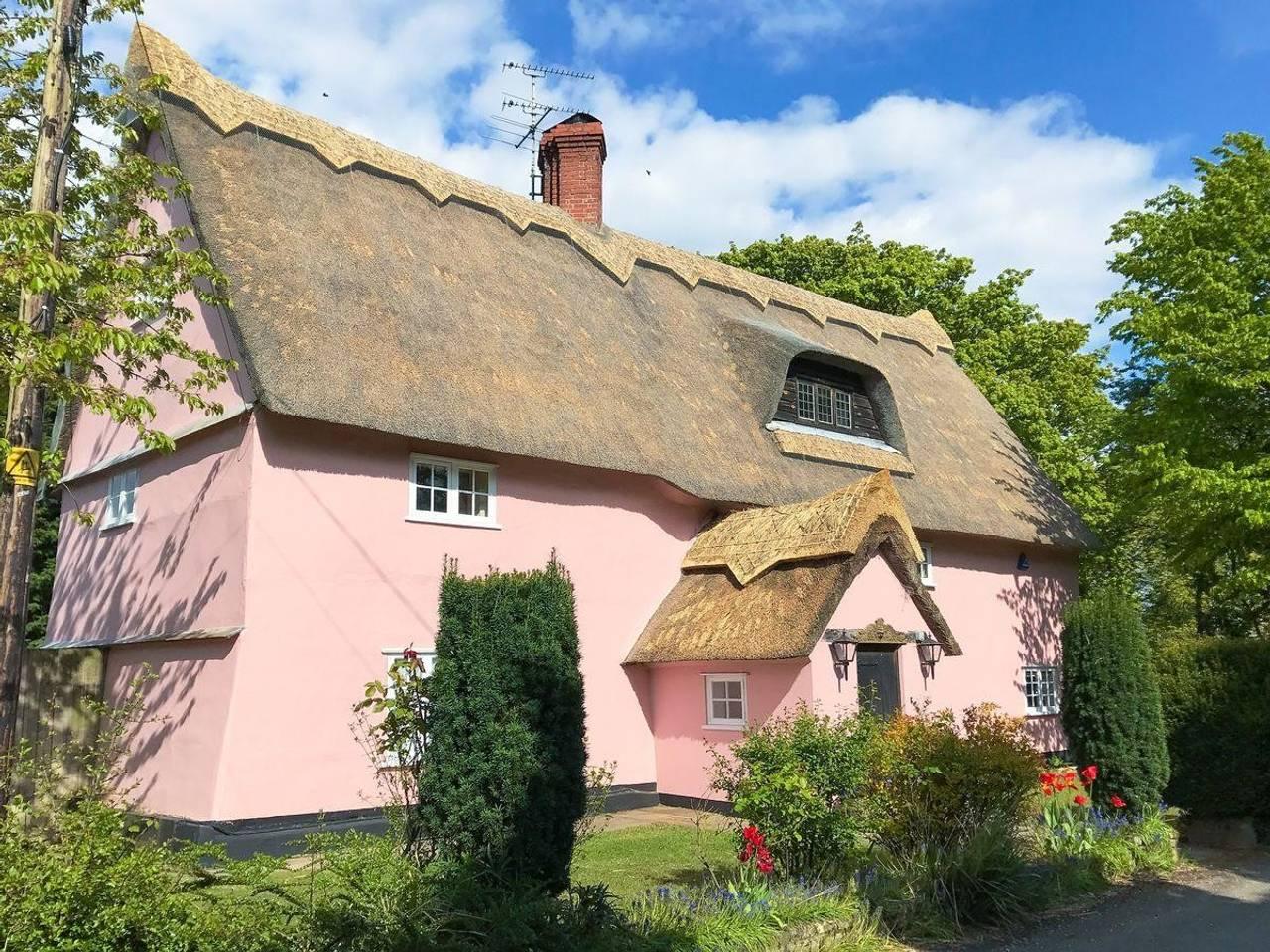 writing retreat cottage- wickhambrook.jpg
