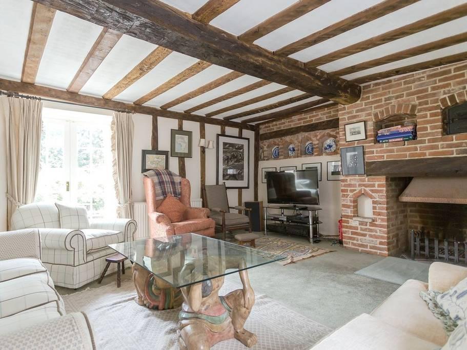 writing retreat cottage- wickhambrook B.jpg
