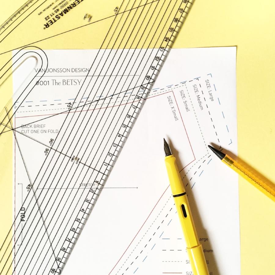Grading a brief (image from van Jonsson Design).