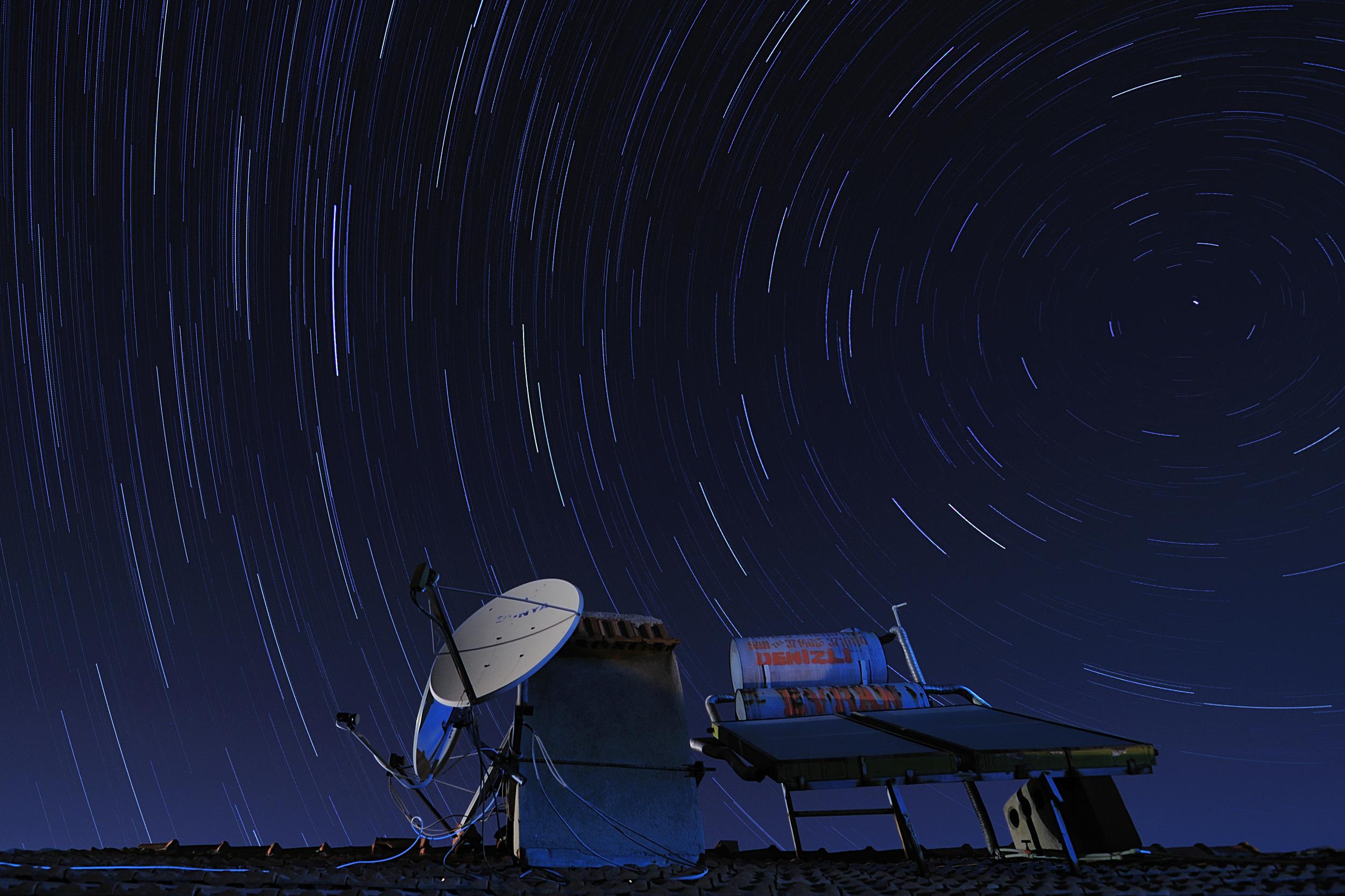 satelite.jpg