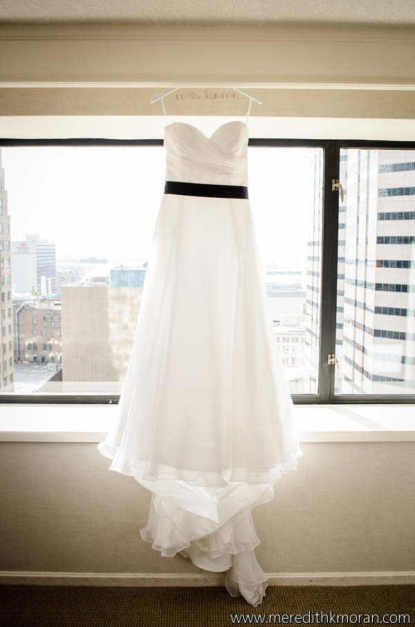 WEDDING GOWN: watters PHOTOGRAPHER: meredith moran photography - anna bé bridal boutique