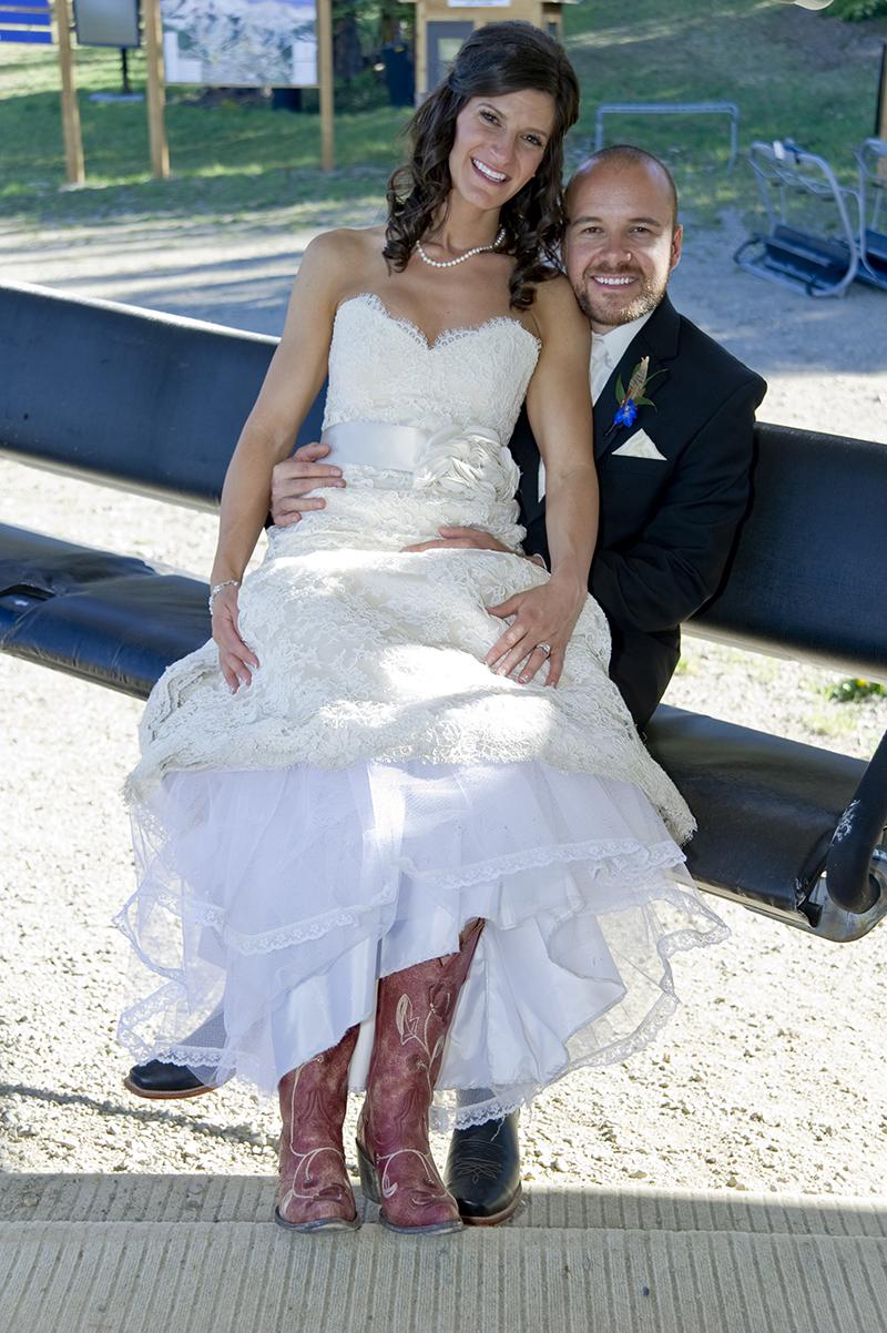 Lindsey & Mike 300ppi_1005.jpg