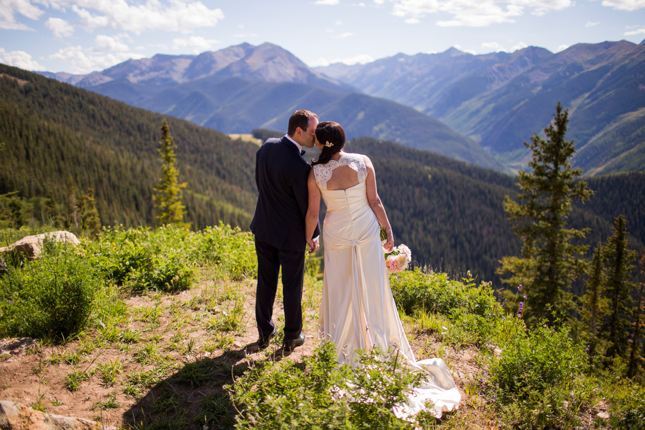 Rachel_Dan_Aspen_Colorado_Wedding_3.jpg