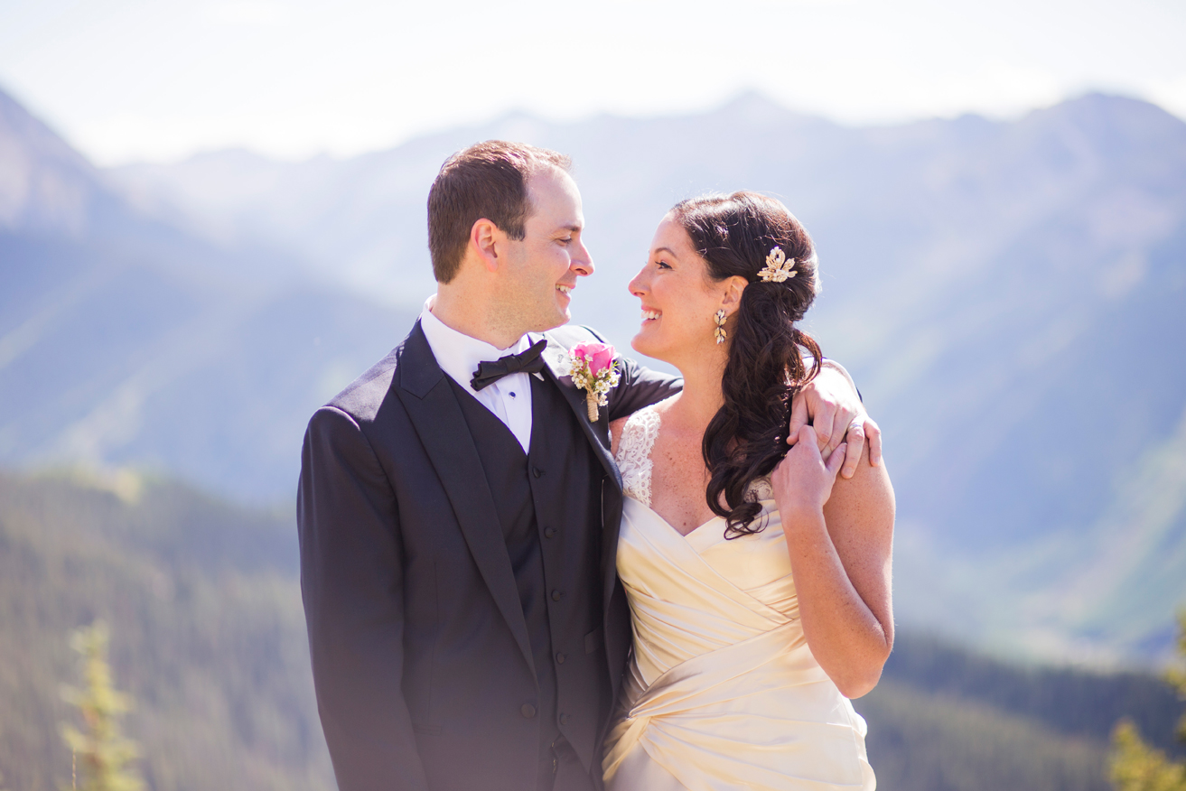 Rachel_Dan_Aspen_Colorado_Wedding_4.jpg