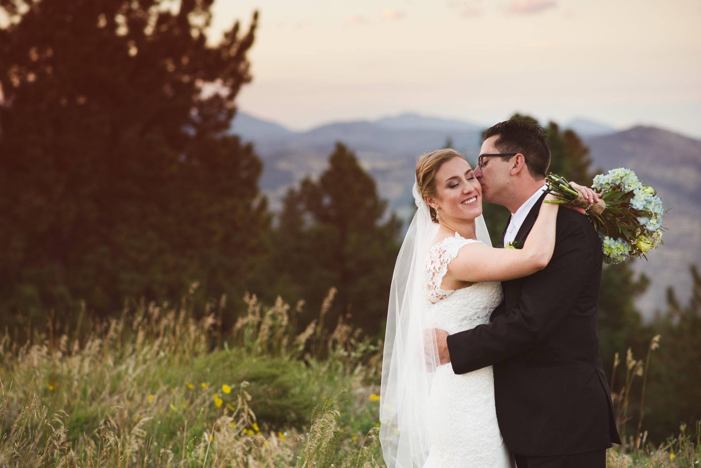 Joanna_Jason_Golden_Colorado_Wedding_10.jpg
