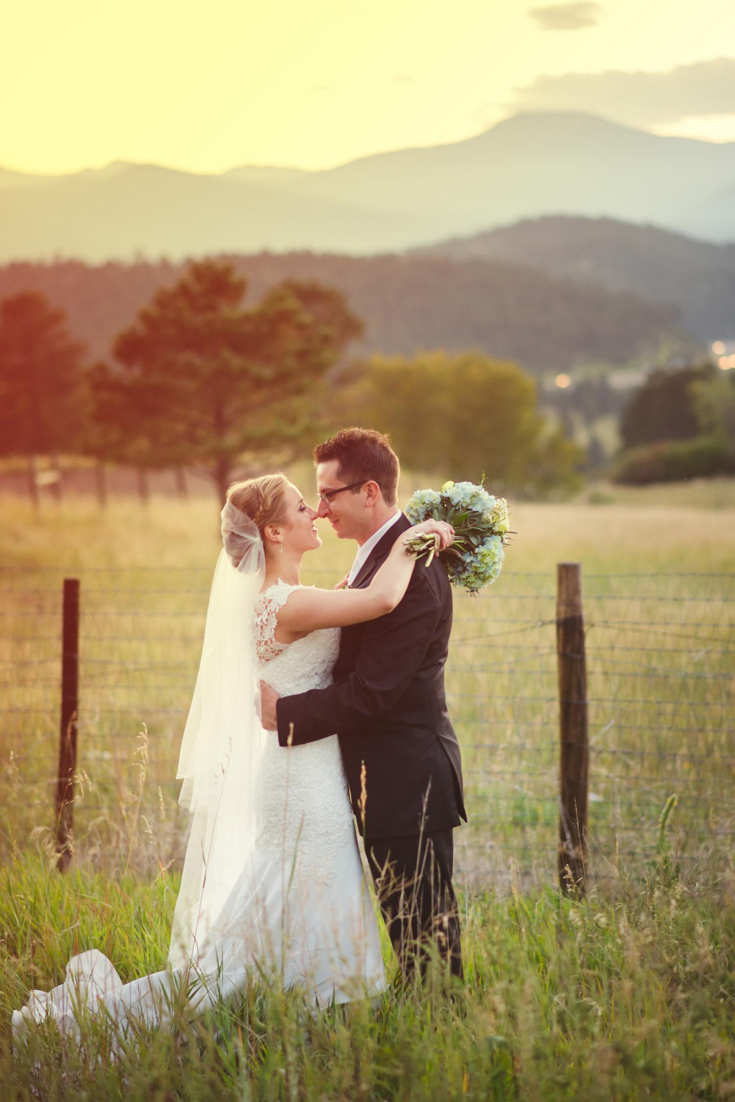 Joanna_Jason_Golden_Colorado_Wedding_13.jpg