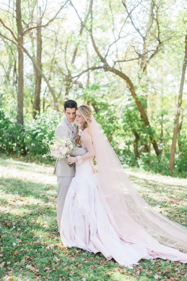 Katie_Andrew_Minnesota_Outdoor_Wedding_7.jpg