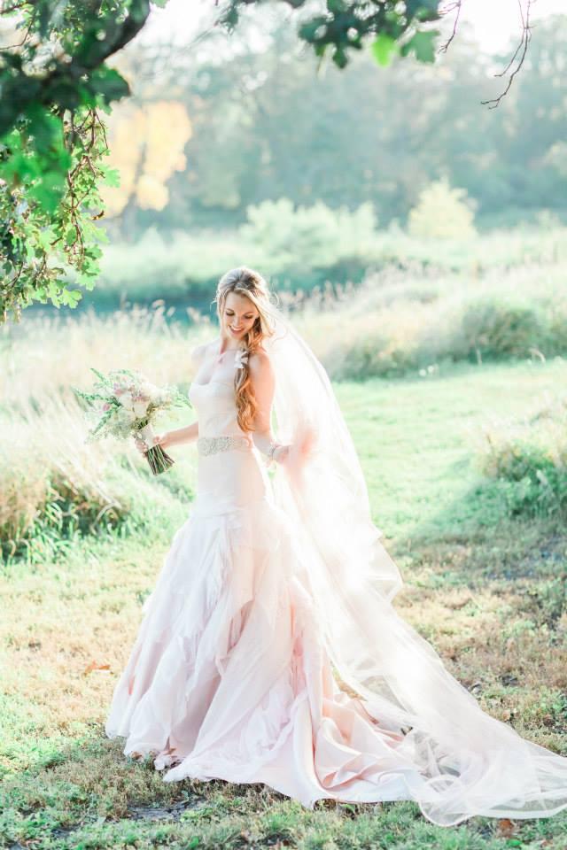 Katie_Andrew_Minnesota_Outdoor_Wedding_8.jpg