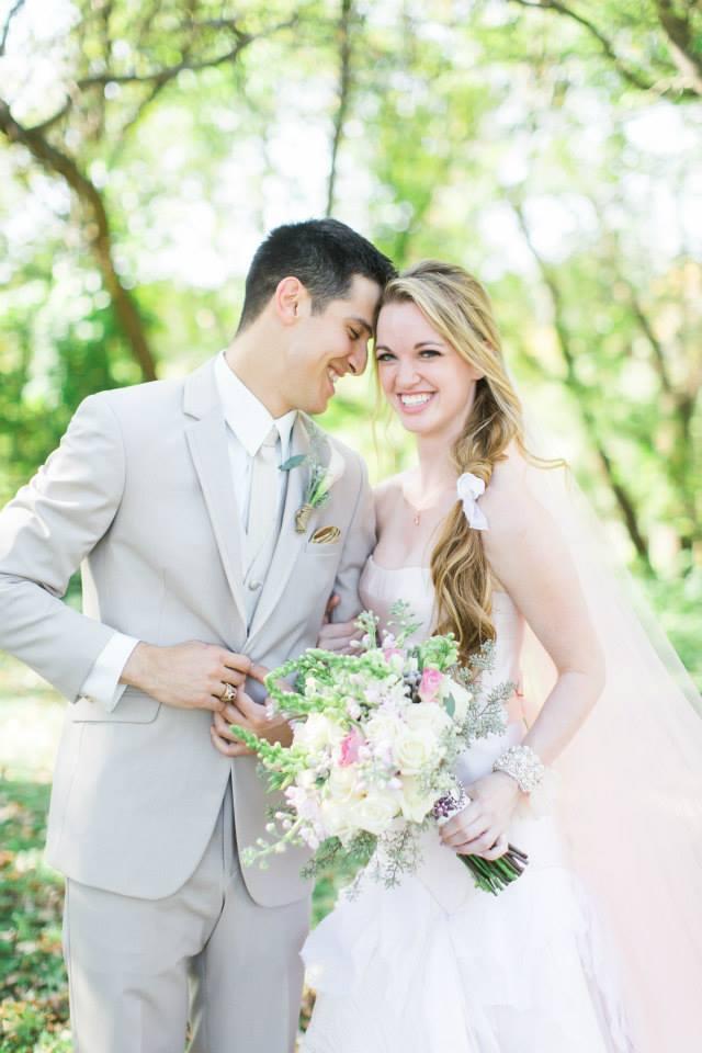 Katie_Andrew_Minnesota_Outdoor_Wedding_10.jpg