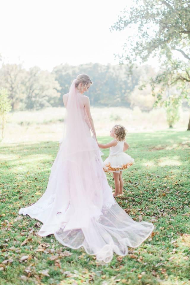Katie_Andrew_Minnesota_Outdoor_Wedding_11.jpg