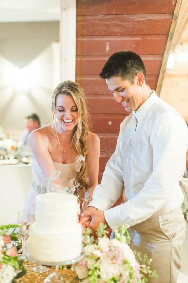 Katie_Andrew_Minnesota_Outdoor_Wedding_14.jpg