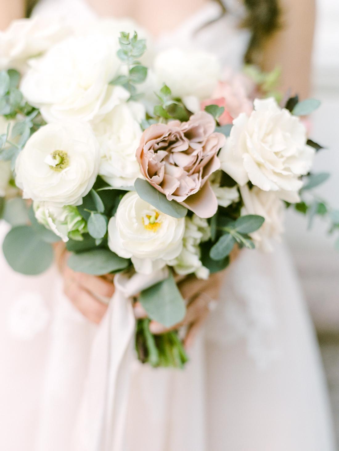 Kristin_Brett_TheKitchen_Denver_Wedding_by_Connie_Whitlock_web_148.jpg