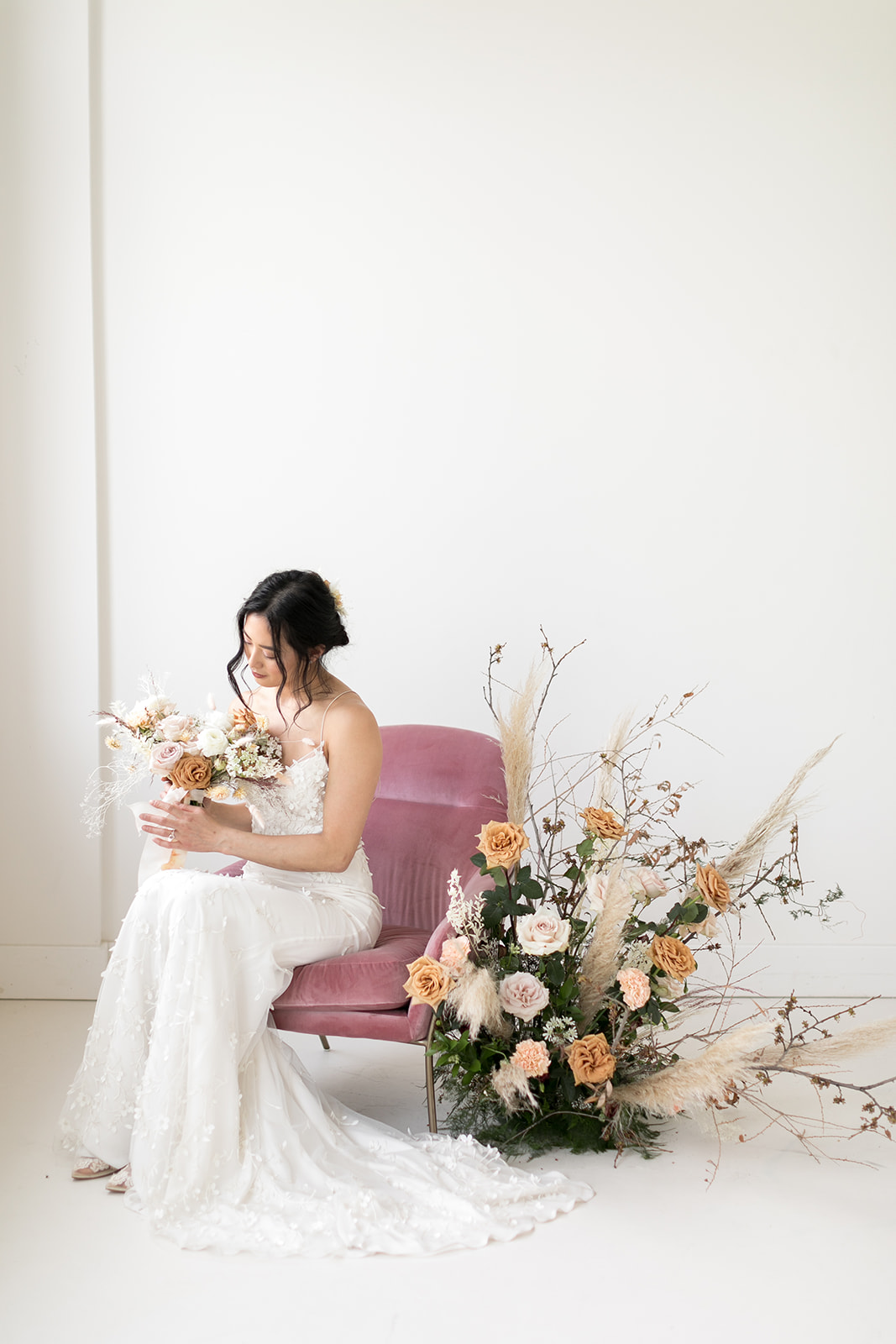 Presses Flowers Styled Shoot - Amy Caroline Photography-4_websize.jpg