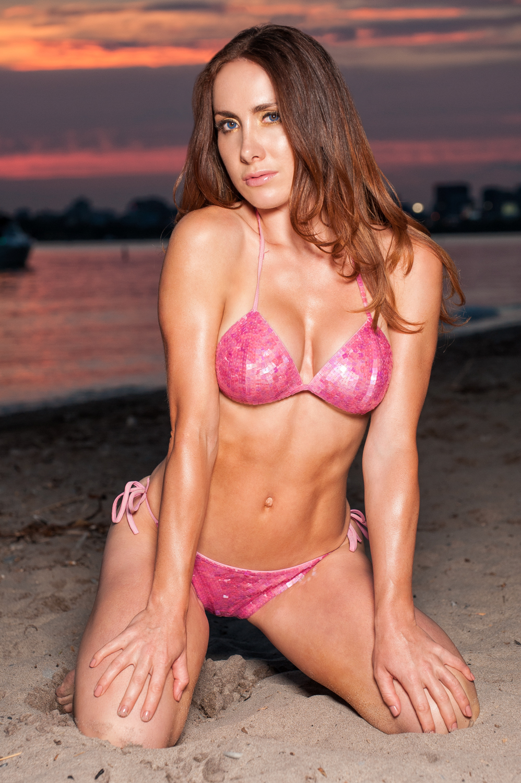 Toronto and Hamilton Fitness Bikini Photographer -Marek Michalek 006-2.jpg