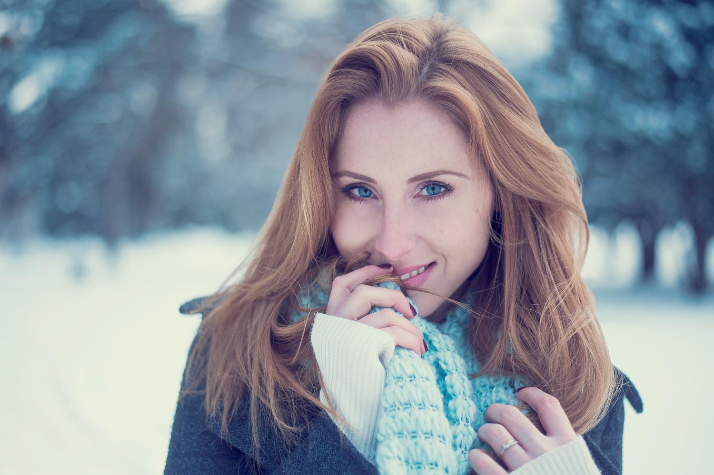 Hamilton Toronto Fashion Photographer - Winter Scarf by Marek Michalek.jpg