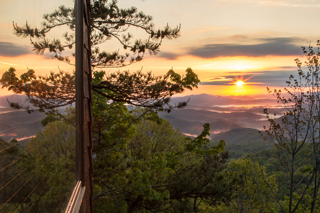 130509_Amy_Greener_Gatlinburg_deck_sunrise_0004.jpg