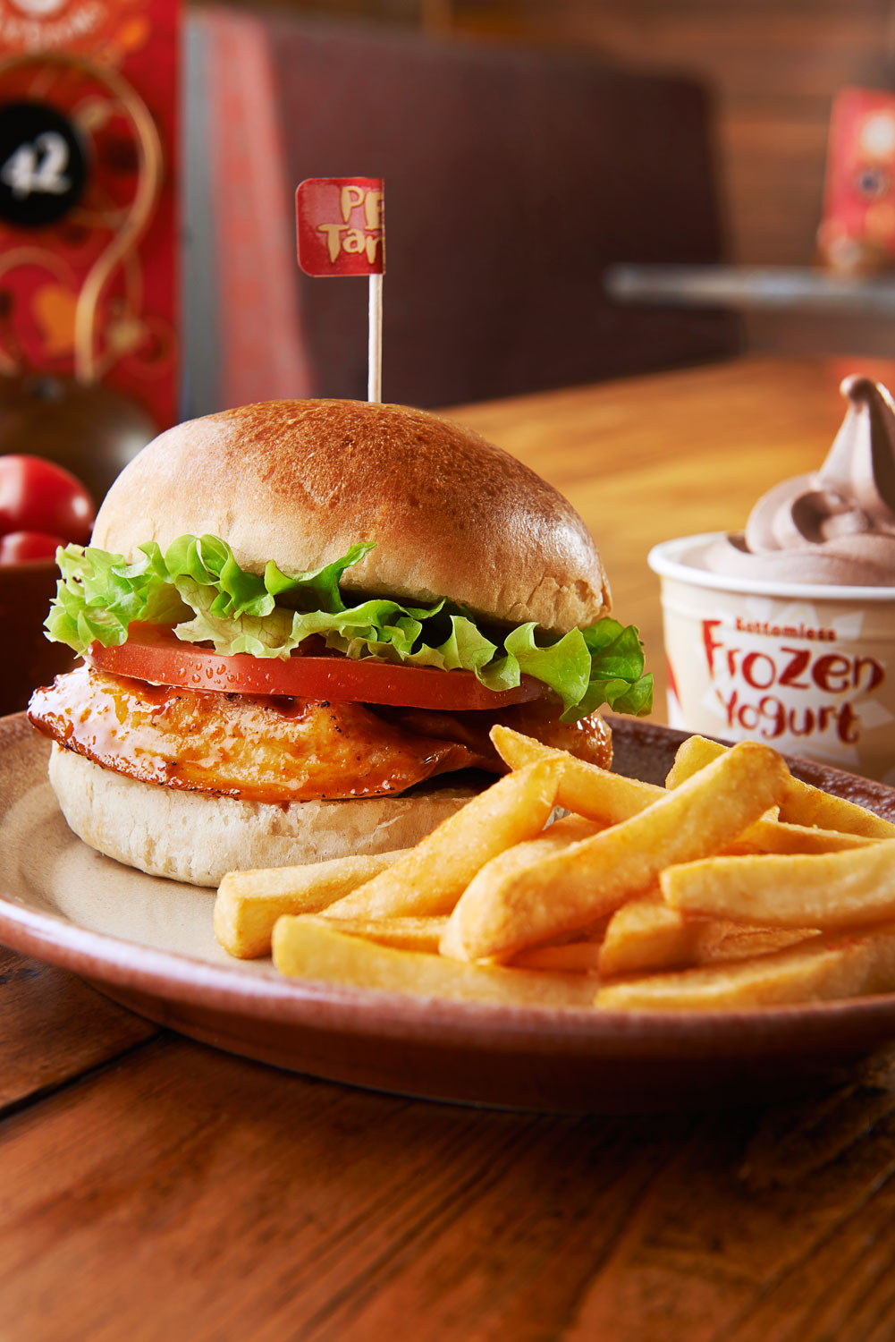 nando's nando burger chicken tomato lettuce chips fries bottomless frozen yoghurt bun nandinos menu booth advertising press pr tabletop food photography food photographer london still life restaurant grilled breast fried tomatoes recipe cookbook andpn